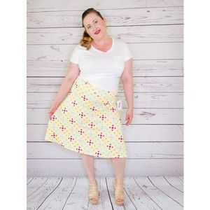 LuLaRoe NWT Yellow Geo Pattern Asure Full Skirt L